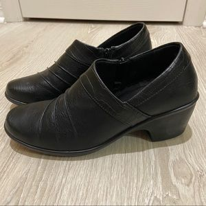 *HP* NEW EASY STREET COMFORT WAVE 9W BLACK SHOES